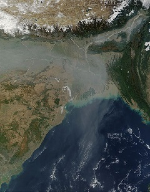 Air pollution in South Asia spread over the Bay of Bengall. Photo: https://www.wikiwand.com/